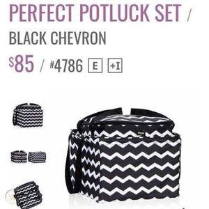 Thirty One Perfect Potluck 3pc Set Thermal Chevron